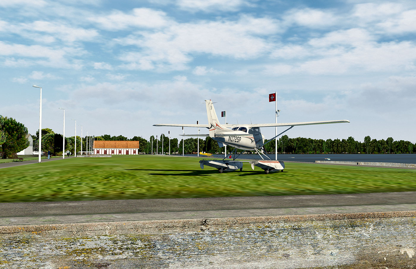 http://www.easy-upload.net/fichiers/Cessna_172SP_seaplane_21.2018424111548.jpg