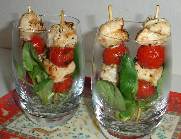 verrine-brochette-poulet-tomate.2010101923561